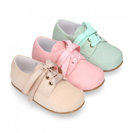 Soft suede leather Classic Kids Laces up shoes in pastel FASHION colors.