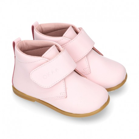 Little Girl Bootie school shoes laceless in PINK washable leather.