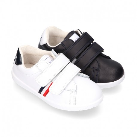 Washable Nappa leather OKAA kids School tennis shoes with flag design and laceless.