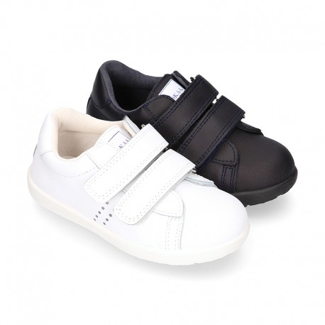 Washable Nappa leather kids School tennis shoes laceless with reinforced toe cap.