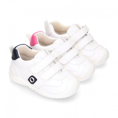 OKAA FLEX tennis kids shoes laceless and with toe cap.