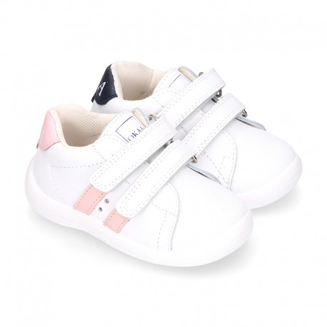 Washable leather OKAA Little kids School tennis shoes laceless, stripes design and reinforced toe cap.