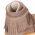 MOHICAN style Girl ankle boots with fringed design and tassels in suede leather.