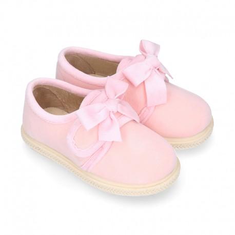 Zapatillas casa niña en lana suave con cierre adherente y LAZO.