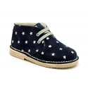 Classic Safari boots with laces and Stars print in Suede leather.