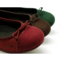 Autumn winter canvas Ballet flat shoes with polka dots print.