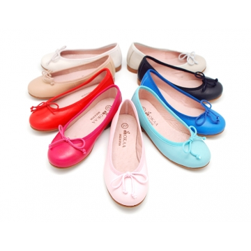 EXTRA SOFT goat skin leather ballet flat shoes with ribbon.