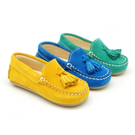 Suede leather Moccasin shoes with TASSELS in seasonal colors for little kids.