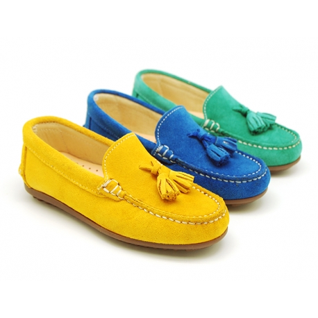 Suede leather Moccasin shoes with TASSELS in seasonal colors for toddler kids.