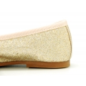 Classic ballet flat shoes with ribbon and shiny metal finish.