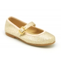Classic shiny little Mary Jane shoes with buckle fastening.