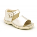 Metal finish leather sandals with buckle fastening and super flexible soles for little girls.