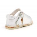Metal finish leather Menorquina sandals for babies.