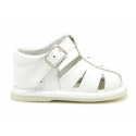 Soft nappa leather sandals for baby boys with design semi closed.