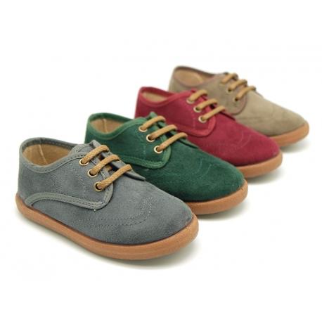 Zapato tipo blucher en Serratex con suela tipo bamba.
