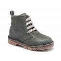 Casual leather little kids ankle boots with thick sole.