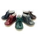 Little bear safari boots with super flexible soles in patent leather.