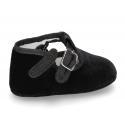 Velvet canvas T-Strap shoes for babies with velcro strap.