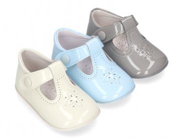 3258cd5f Zapatos Bebé - Tienda de Zapatos de Bebé - OKAASPAIN